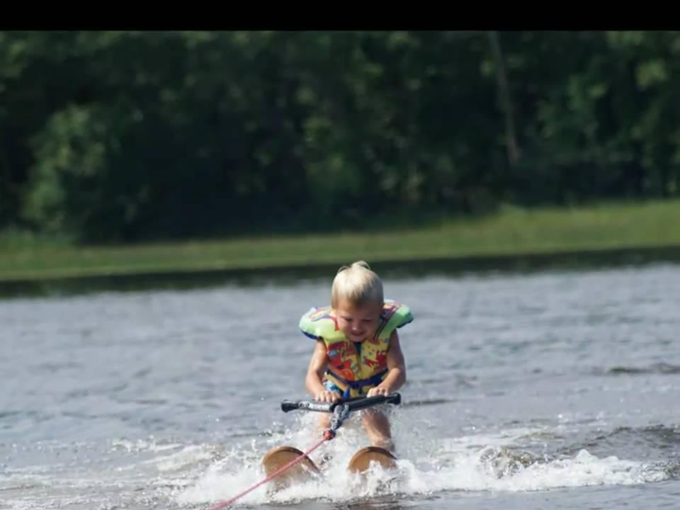 Kids Water Skis >> Kids Water Skiing