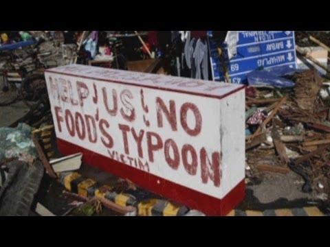 Typhoon Haiyan survivors barter for food amid fear and looting
