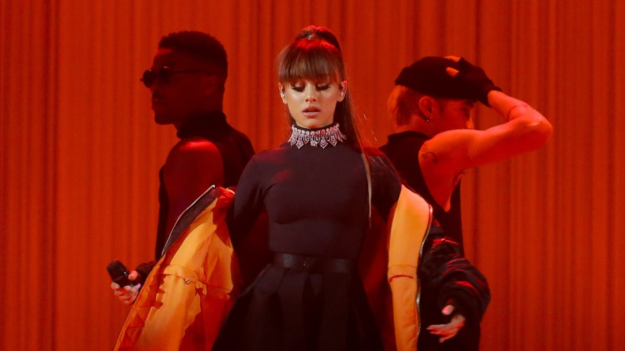 Ariana Grande - Everyday (Live at Dangerous Woman Tour DVD ...