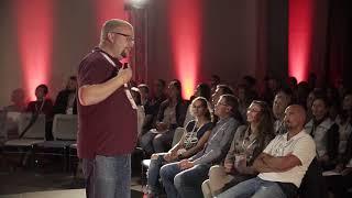 Лідерство та гідність | Андрій Рождественський | TEDxUCU