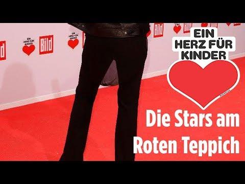 """Die Stars am Roten Teppich - """"Ein Herz für Kinder"""""""