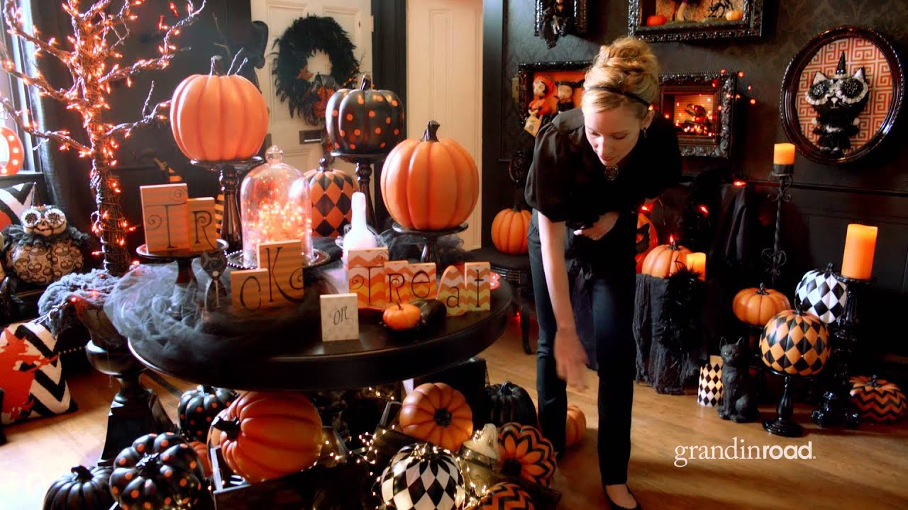how to create a halloween focal point with pumpkins grandin road - Grandin Road Halloween