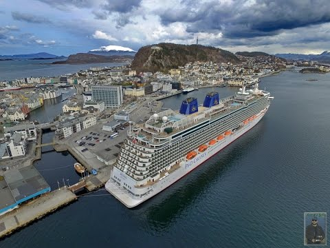 Britannia at Port. Aalesund, Norway - 26th April 2016.