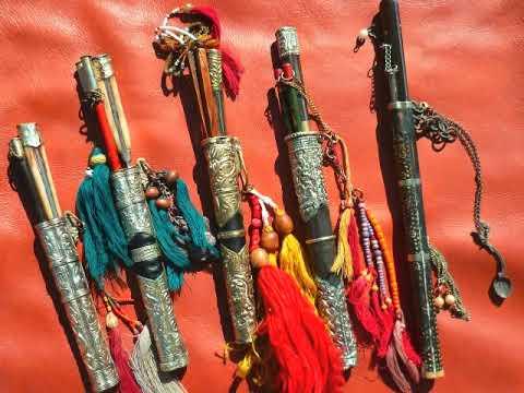hqdefault - Les attributs et accessoires des divinités