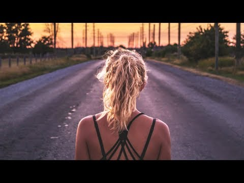 Martin Garrix, Ed Sheeran, Justin Bieber & The Chainsmokers Style - New Best Of Music Mix 2017