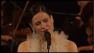 Tristesse - Etude 3 by Chopin (Manca Izmajlova Live 2010)