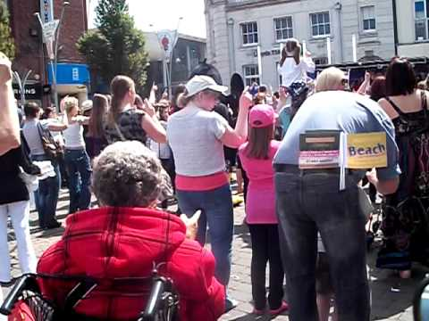 World record attempt of dancing to 'Agadoo' in Great Yarmouth.