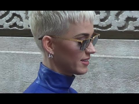 Katy Perry Short Blonde Hair Cut Paris 2 June 2017 For Bon Appetit Juin France Youtube