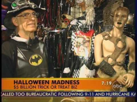 NYC Halloween Adventure on Good Morning America - YouTube