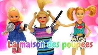 Vidéo en français pour enfants. Barbie a un rendez-vous. Kevin garde Evi