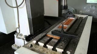 เครื่อง CNC Milling รุ่น T5 ทดสอบวิ่งตัวเปล่า ก่อนกัดงานจริง