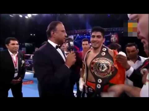 OMG :Vijender Singh Gave His title to Chinese Boxer