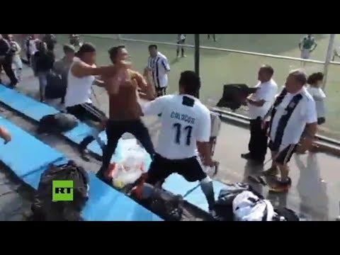 Vergonzosa pelea entre padres en un partido de fútbol infantil