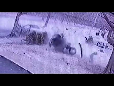 GRAPHIC: Surveillance shows violent Staten Island crash