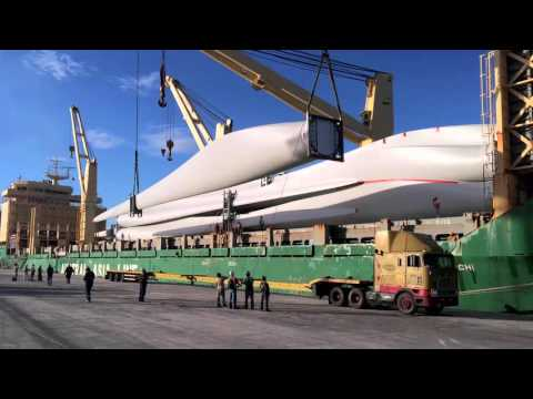 Daco Heavy Lift - transport of 7 wind turbines with blade-lifter in Guatemala