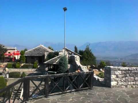 SARANDA - ALBANIEN. Rundblick Lekursi Festung