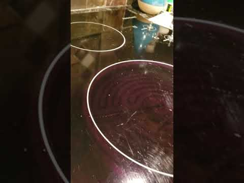 How to Clean a flat stove top