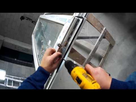 Как снять фурнитуру с пластикового окна видео