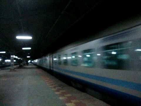Indian Railways..Shatabdi express with a two-tone honking WCAM2P