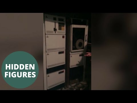 woman is selling an extremely rare 1970s IBM Series 1 computer
