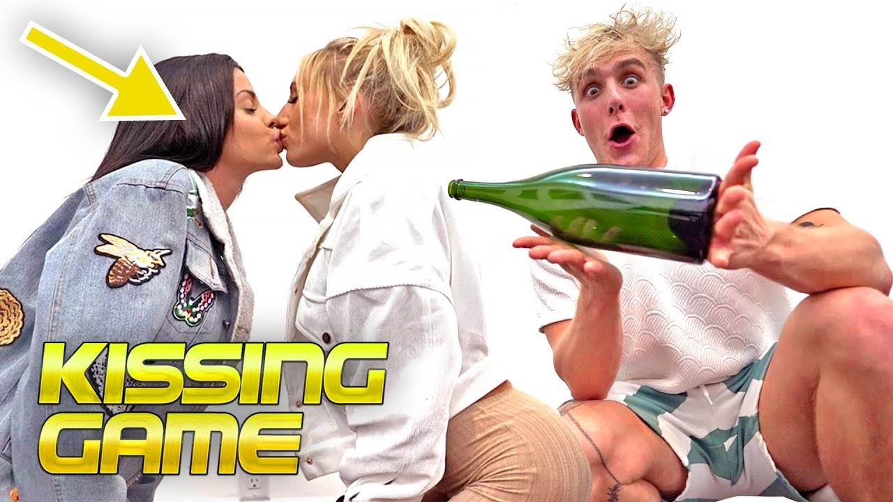 HOT Boys & GIRLS Play SPIN THE BOTTLE! (game)