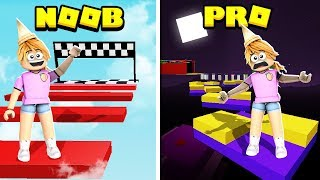 CAN MY SISTER BEAT THE NOOB Vs PRO BLOXBURG GAME!! (Roblox)