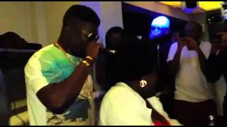 Castro under fire preform live at RS Lounge London with Obaa Tiwah  & YoungCissey (DeyoungsBurne