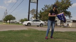Meet the Latina who campaigns for Trump on the border