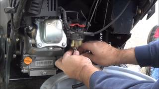 How To: Repair Snow Blower Carb - Engine Only Runs with Choke