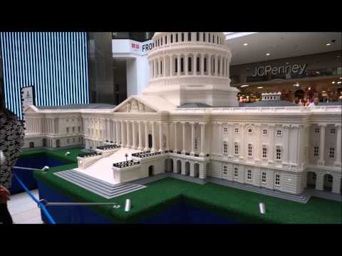 Huge Master Builder Created Capitol Building in LEGO Bricks
