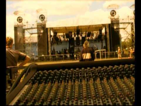 Kabát – Dokument o turné Dole v Dole (2004)
