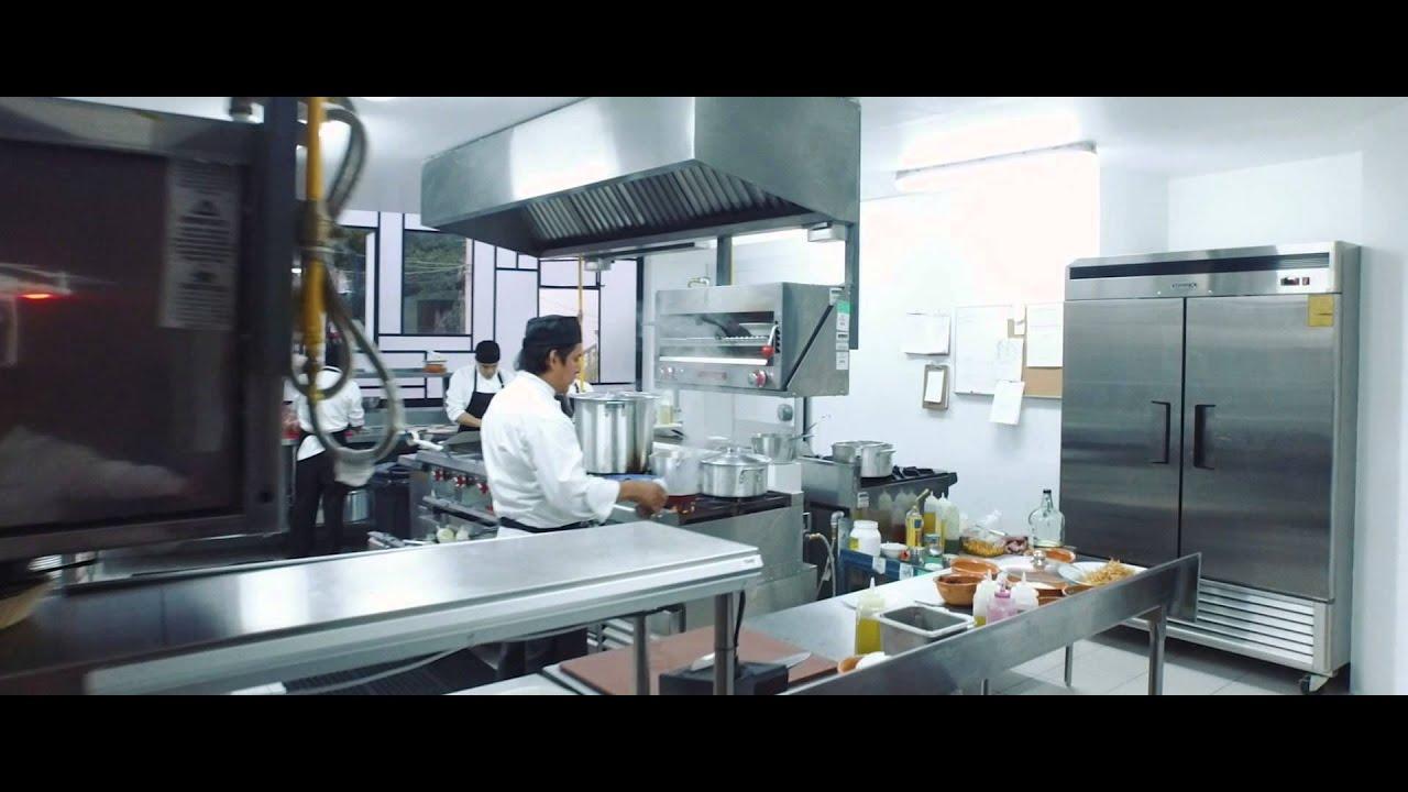 Restaurante puertollano cocina tipica espa ola youtube for Cocina tradicional espanola