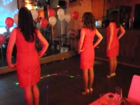 Видео: Первый танец молодожёнов