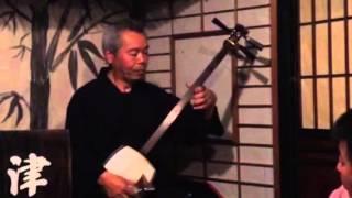 ここ一軒で青森県、津軽じょっぱり漁屋酒場での演奏です。