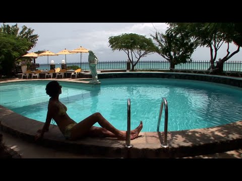 Selling cabo verde (hollywood trailer)