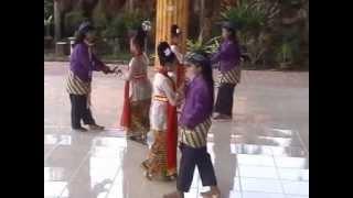 Trio Sinden Imut Tulunung