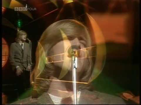JUSTIN HAYWARD-FOREVER AUTUMN-TOP OF THE POPS-1978