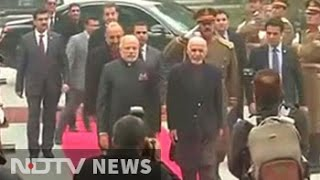 Warm welcome for PM Modi as he arrives in Kabul