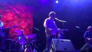 amos lee the fox theater oakland 8 17 11 performing arms of a woman