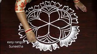 5 dots Creative kolam drawn by easy rangoli Suneetha || Latest muggulu patterns