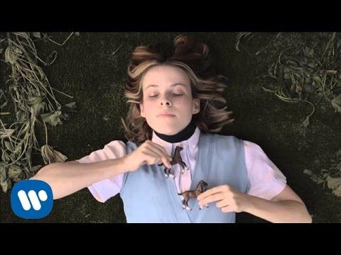 Sam Amidon - Blue Mountains (Official Video)