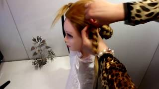 Прическа в школу детская коса Прически для девочек топ косички на выпускной вечер с лентами