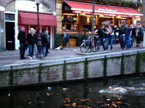 Freier prellt Zeche in Amsterdam [Drama]