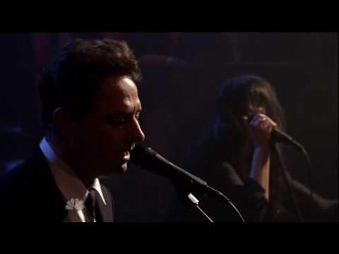 THE KILLS // Late Night Jimmy Fallon 10-08-2011 -  Future Starts Slow (rare)