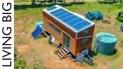 Amazing Off-The-Grid Tiny House Has Absolutely Everything!