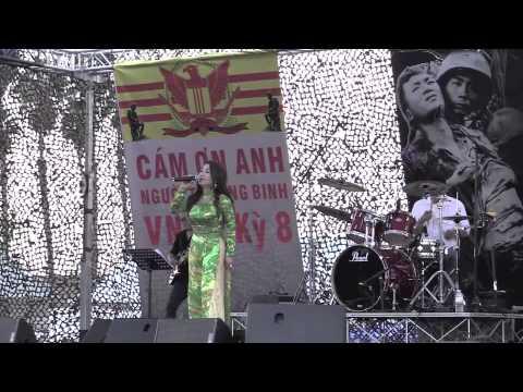Dai Nhac Hoi Cam On Anh ky 8 Bong Hong Cai Ao (Pham The My) Thanh Lan