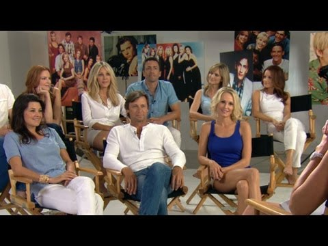 'Melrose Place' Cast Reunion Includes Heather Locklear, Andrew Shue