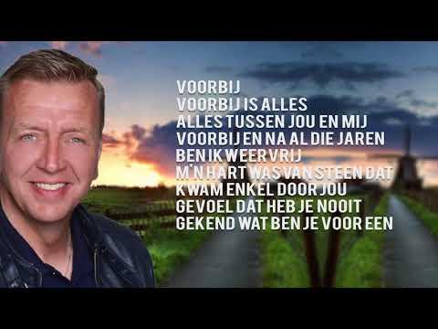 Jannes - Ga Maar Weg (Lyrics Video)