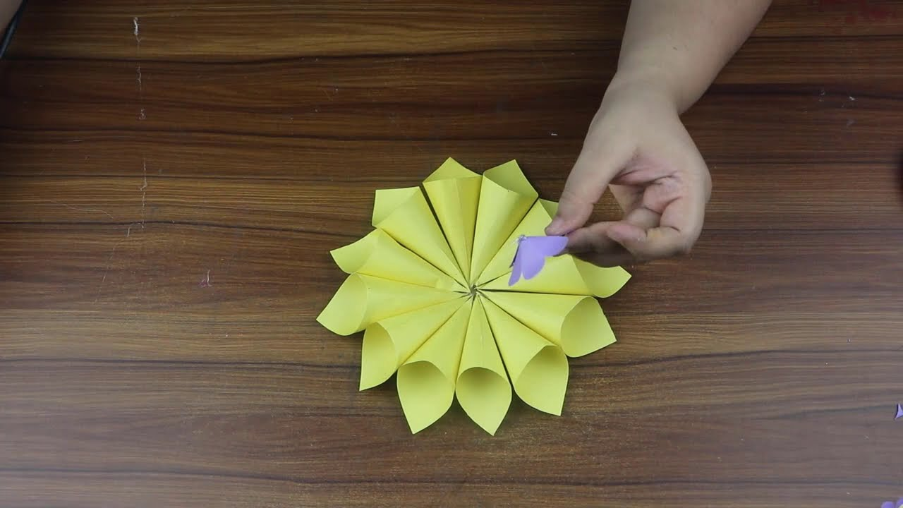 Paper flowers wall hangings | Easy wall decoration ideas | Room decor ideas | Diy paper crafts easy
