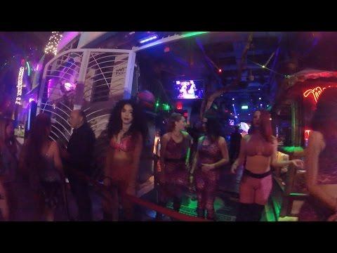 Malibu Club'ın Olduğu Yere Gittik! | GTA Vice City | Miami - Vlog #31